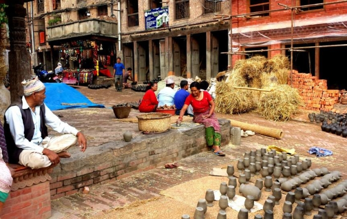 People with handicrafts on a Nepal street.